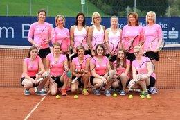 Dressenübergabe an die beiden Damenmannschaften 2015
